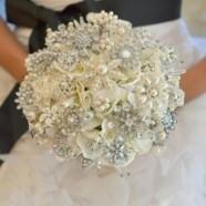 Вдохновение: нежные свадебные букеты