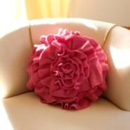 Подушки-цветы: ромашки, маки и розы