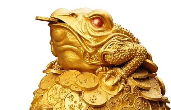 Трехголовая жаба символизирует достаток