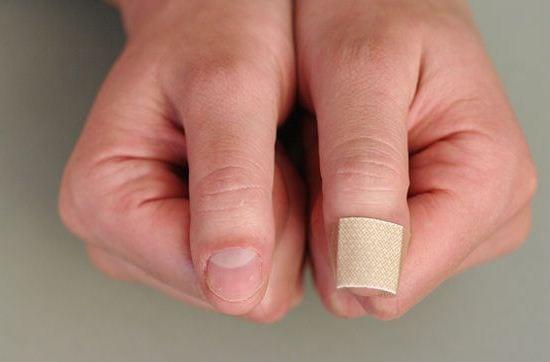 Как отучится грызть ногти парню