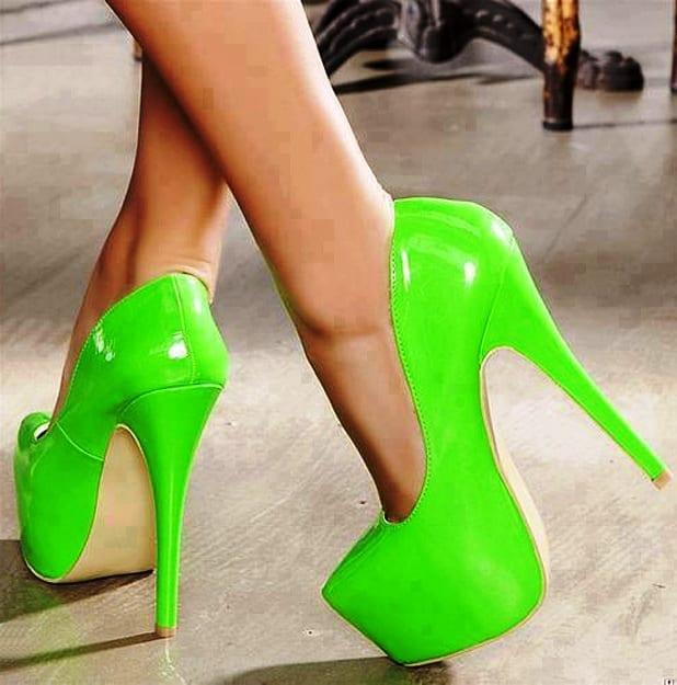 Броская обувь