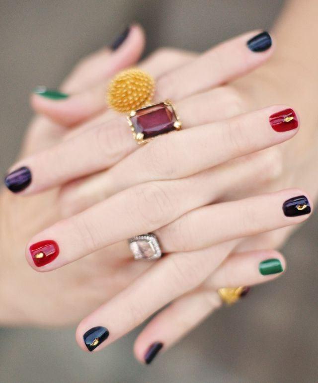 Сочетание цветов на коротких ногтях