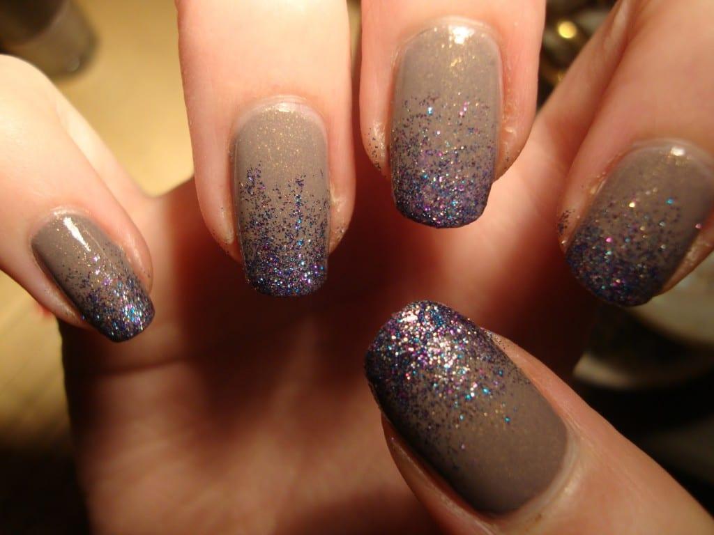 Дизайн ногтей с блестками | Дизайн нарощенных ногтей с блестками