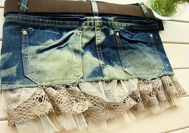 Пришиваем кружево к джинсовой юбке