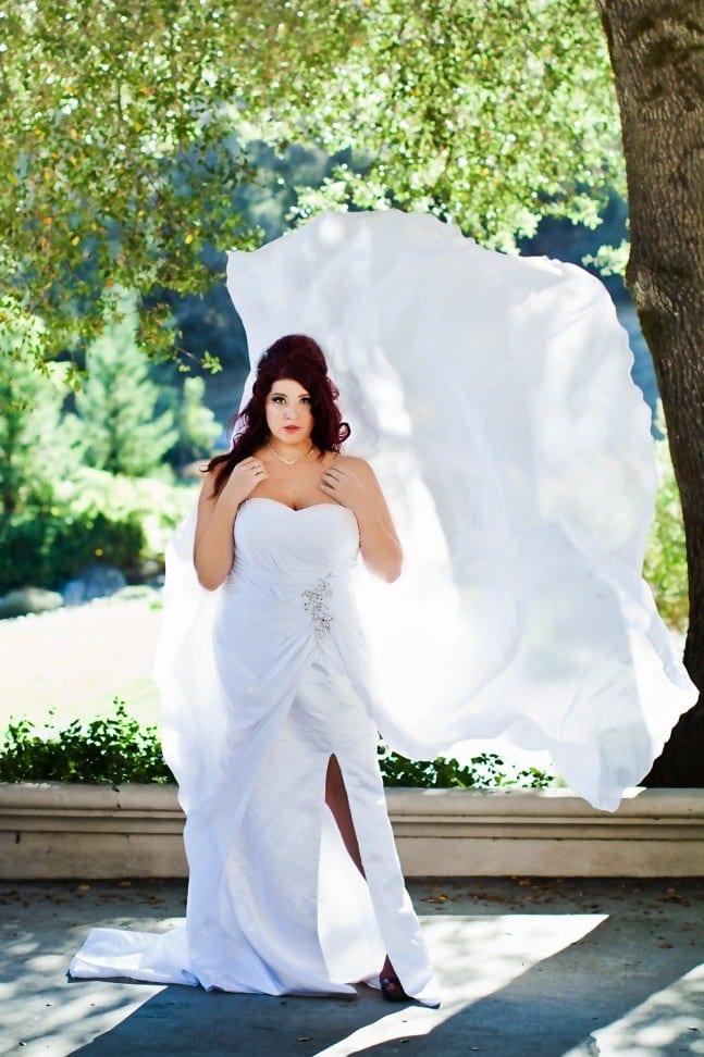 Прямое платье невесты