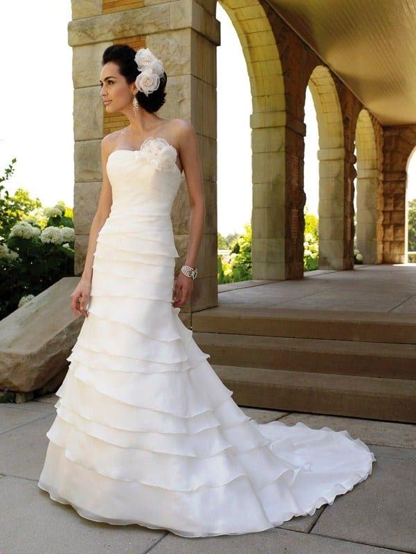 прическа под свадебное платье рыбка