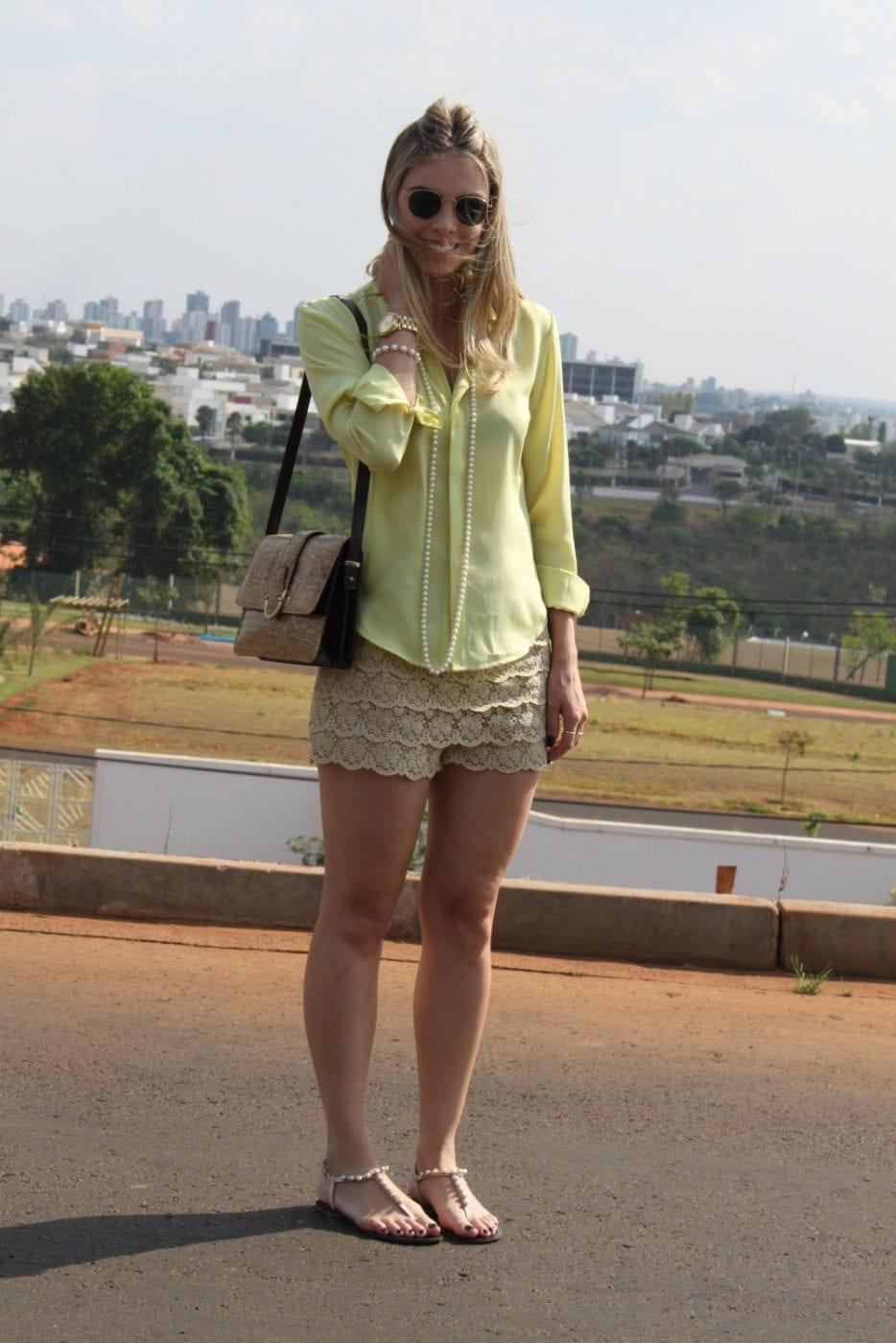 Фотки девушек красивых в белых шортах 20 фотография