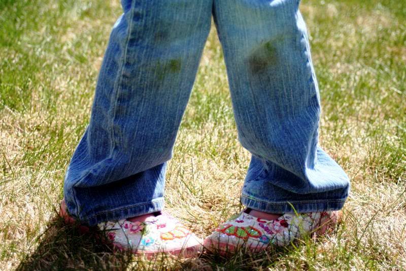Как отстирать траву с джинс, Как отстирать пятна травы с джинс