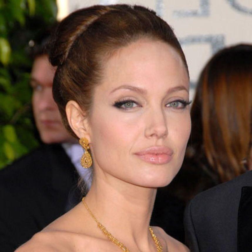 Красавица Джоли
