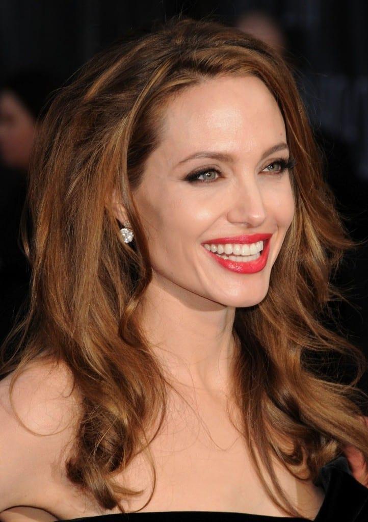 Прически Анджелины Джоли | Прически Анджелины Джоли фото анджелина джоли