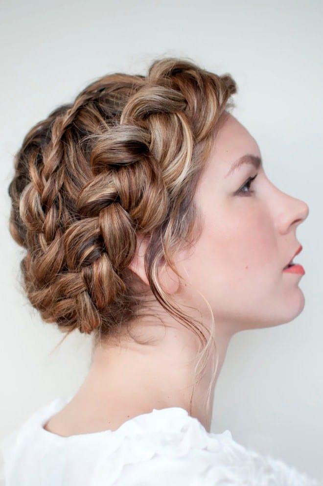по окружности головы коса
