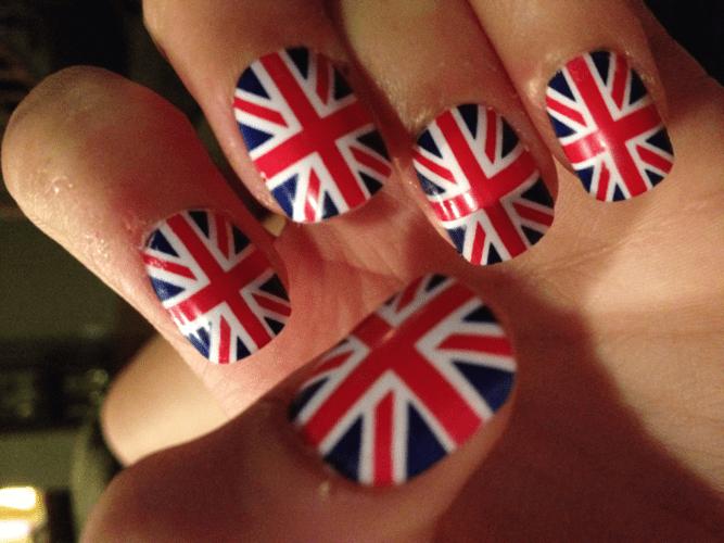 Как делать английский маникюр
