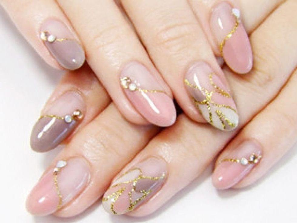 Нежные дизайны на ногтях