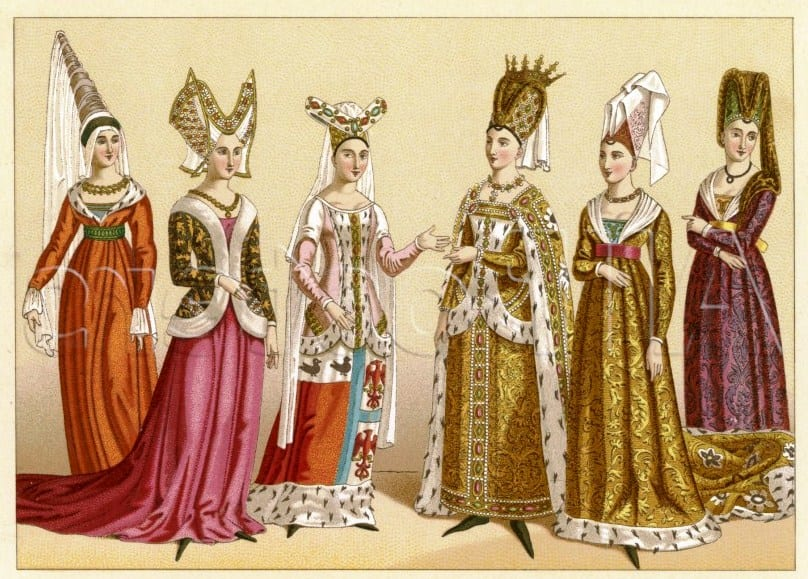 Разнообразие средневековых женских нарядов