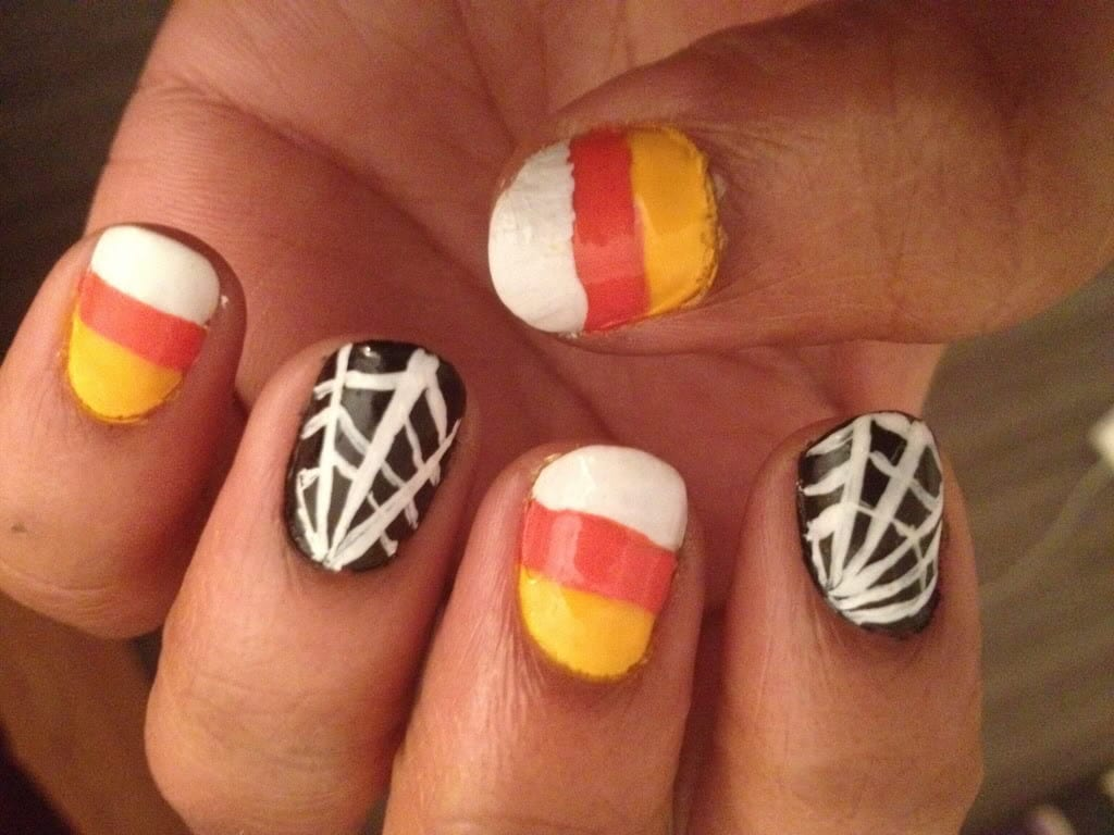 """Рисунок на ногтях """"Паутинка"""""""