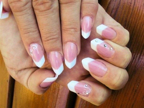 Необычная форма ногтей