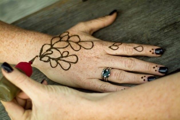 Татуировка из хны в домашних условиях временные как сделать