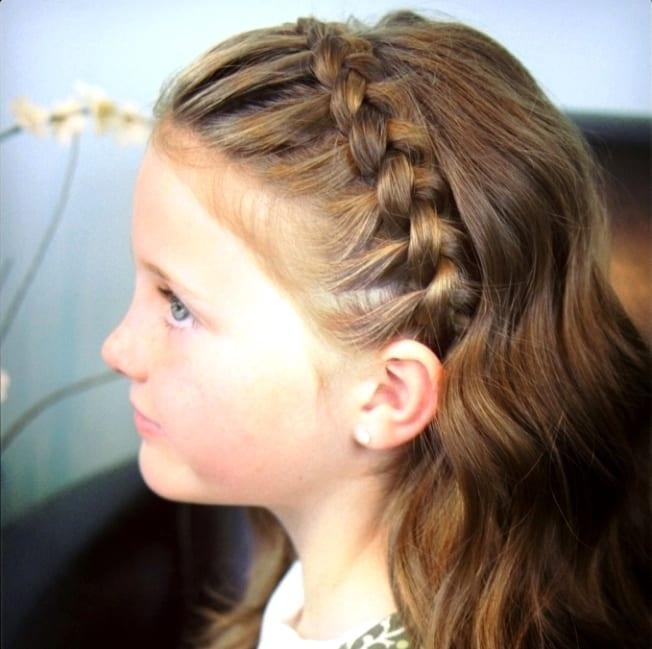 Школьные причёски для средних волос для девочек