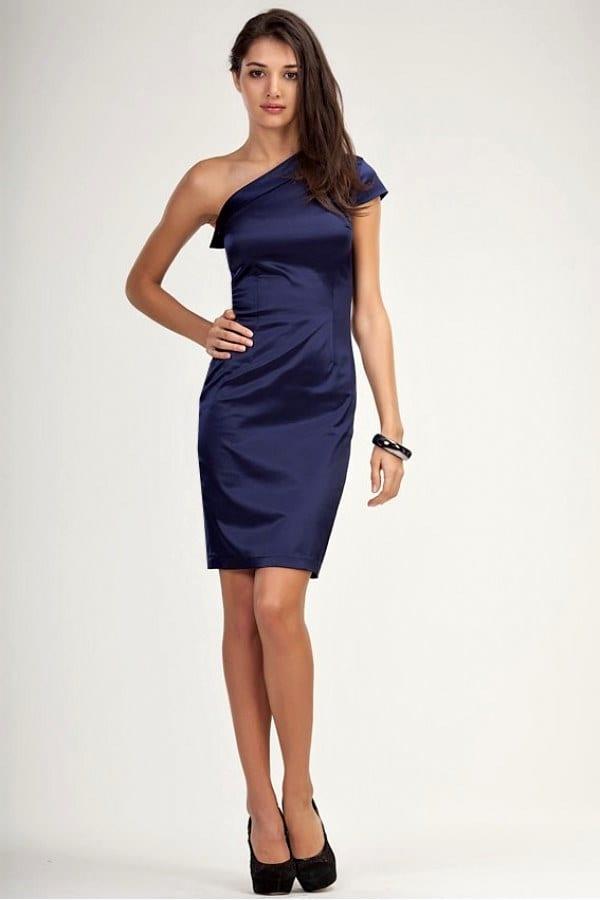 Подобрать украшение для платье на одно плечо