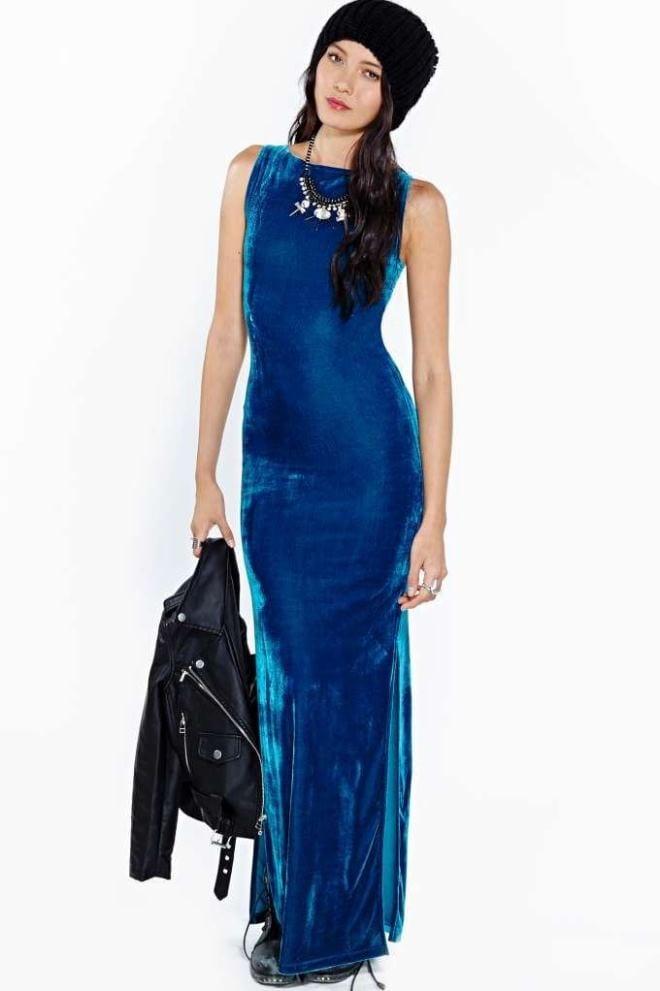 Вечернее платье в байкерской интерпретации