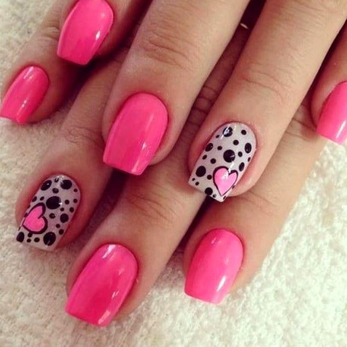Фото дизайна ногтей с сердечками