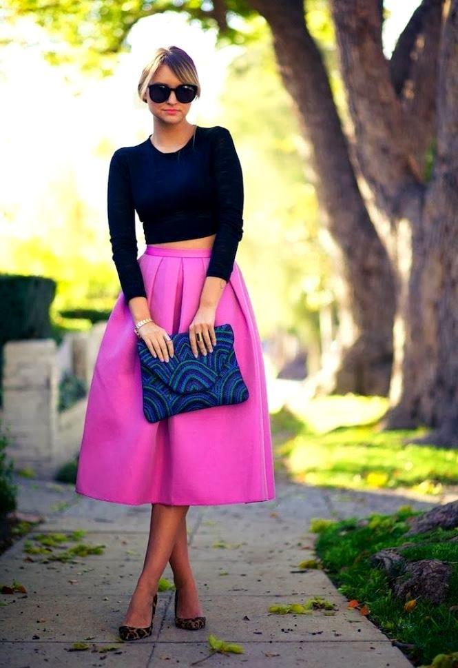 С чем одеть фуксию юбку