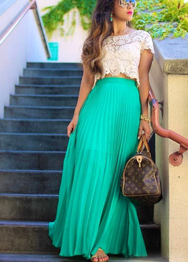С чем носить бирюзовую длинную юбку