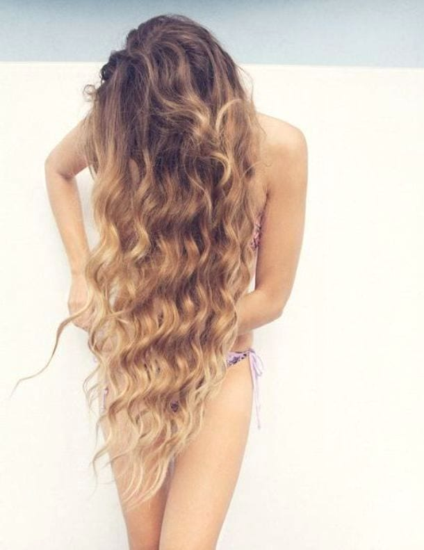 Кудри на длинных волосах