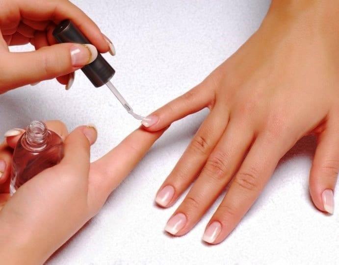 Нюдовые ногти