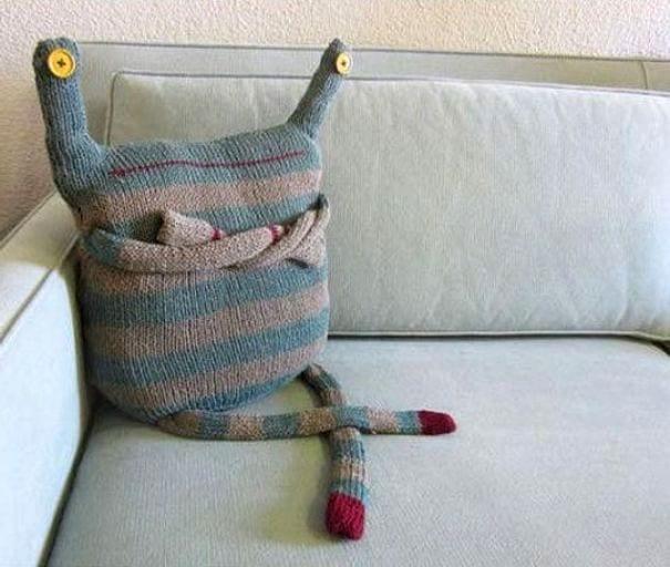 Диванная подушка
