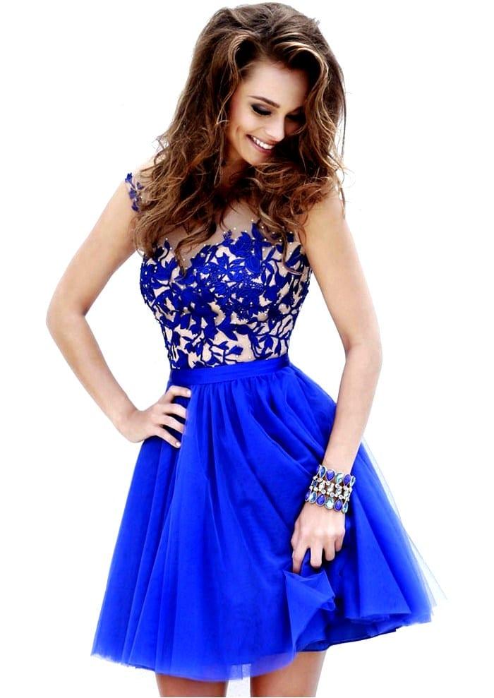 Платье синего цвета