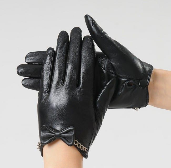Как растянуть кожаные перчатки на подкладке в