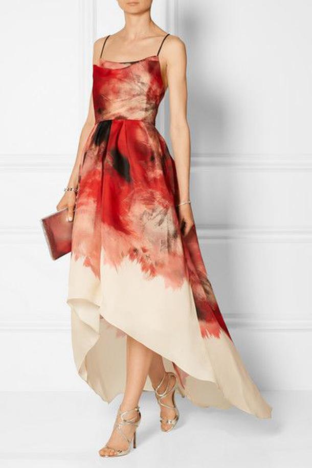 573c2f97794 Достаточно иметь шелковое платье