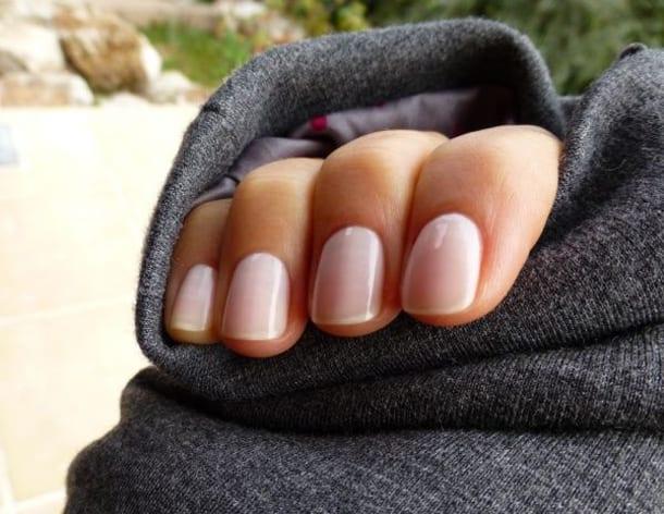 Ногти нюдового цвета