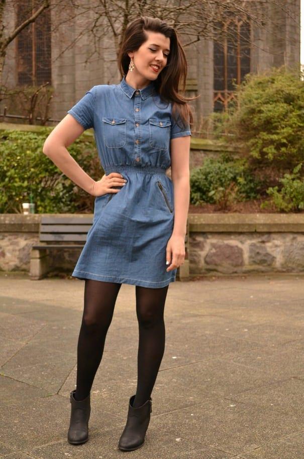 Прямого покроя джинсовое платье