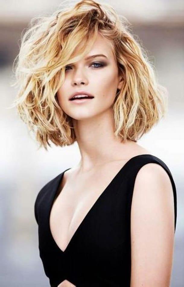 стрижки для вьющихся пышных волос фото