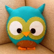 Милая и забавная — подушка-сова
