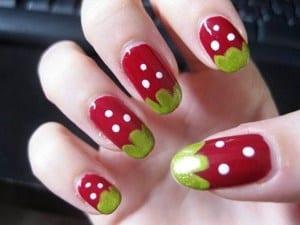 Клубничка роспись для ногтей