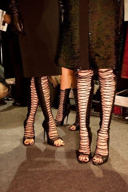 сандалии гладиаторы высокие