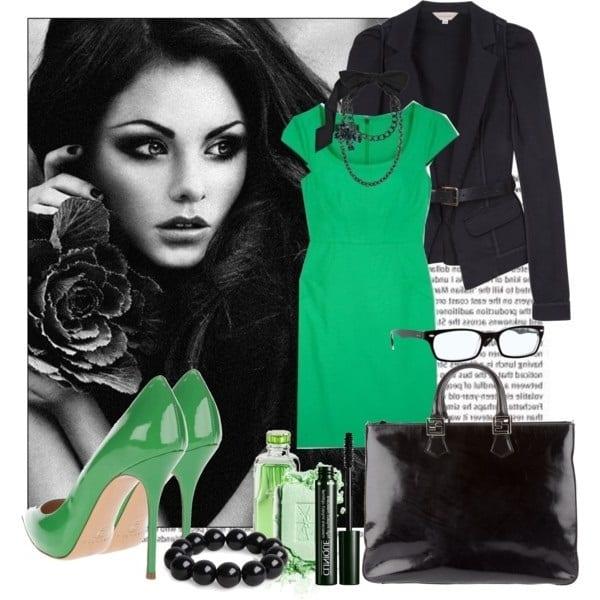 Зеленое платье и туфли