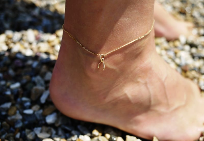 Цепочка на ногу