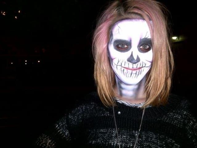 Костюм черепа на Хэллоуин