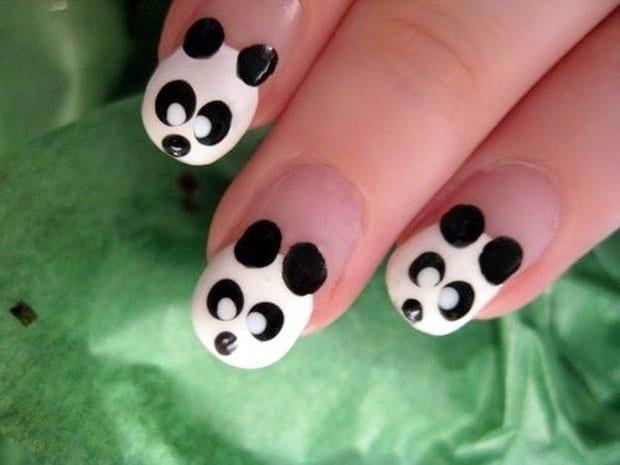 """Рисунок на ногтях """"панда"""""""