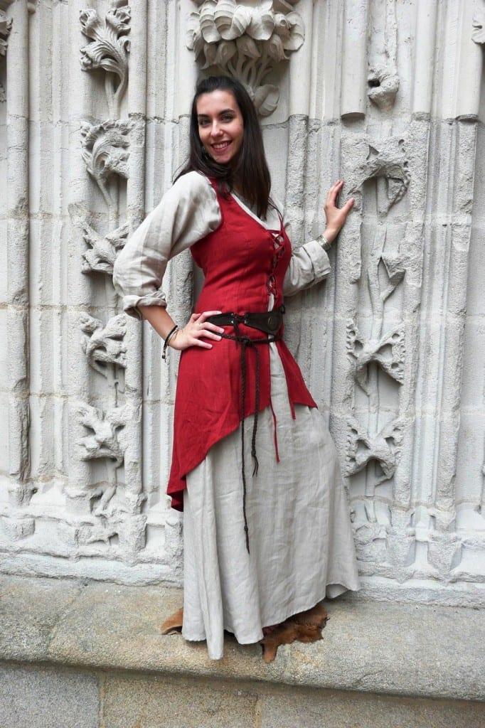 Платье из простых тканей