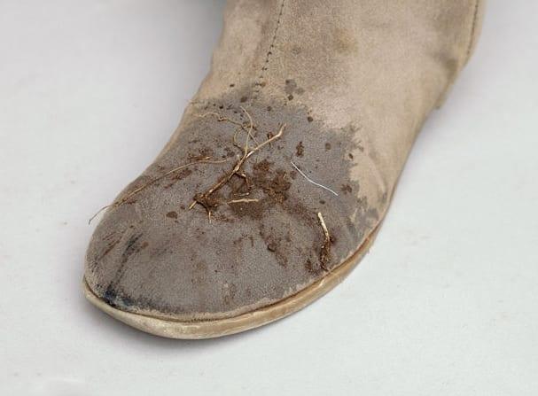 Чистим обувь