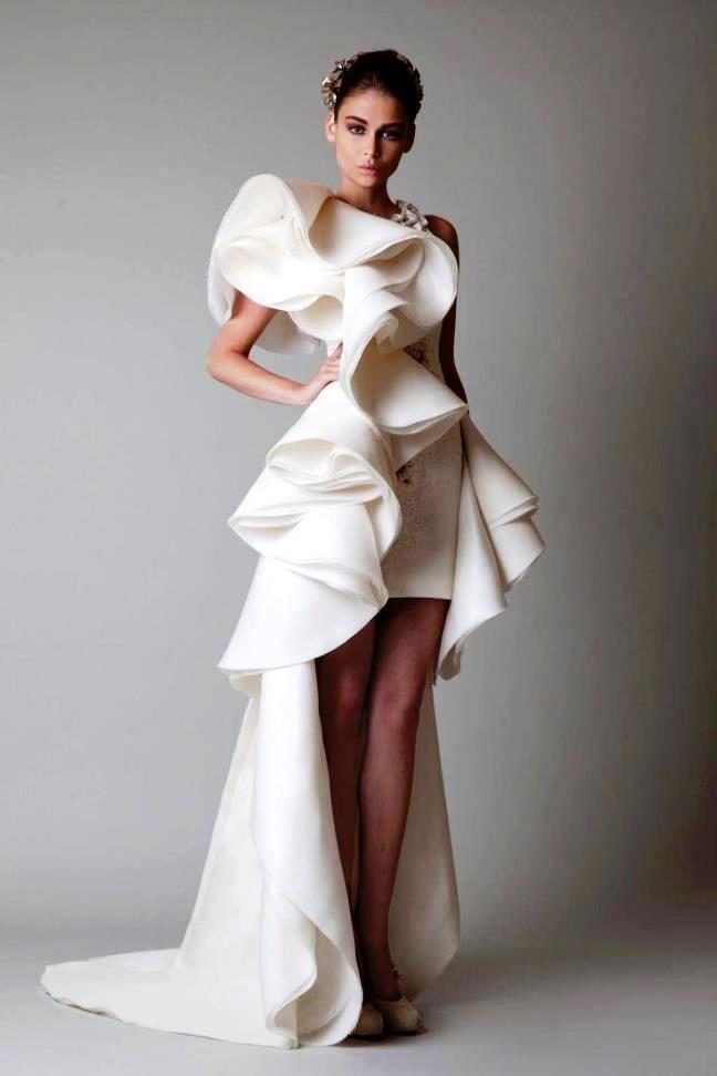 Экстравагантные свадебные платья фото