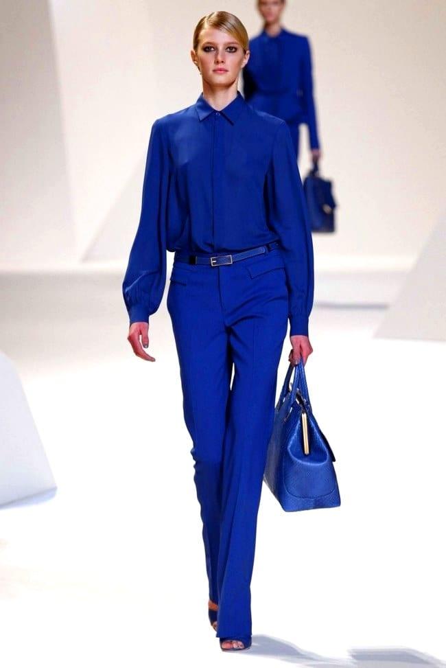 Одежда в синем цвете