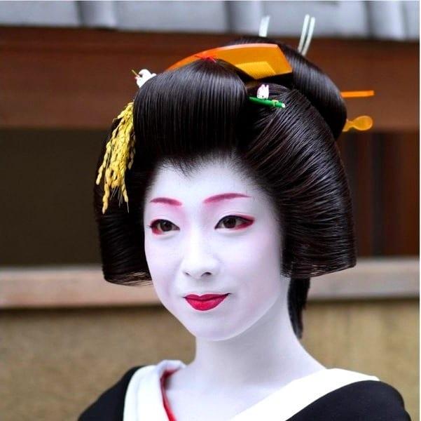 Прически в японском стиле