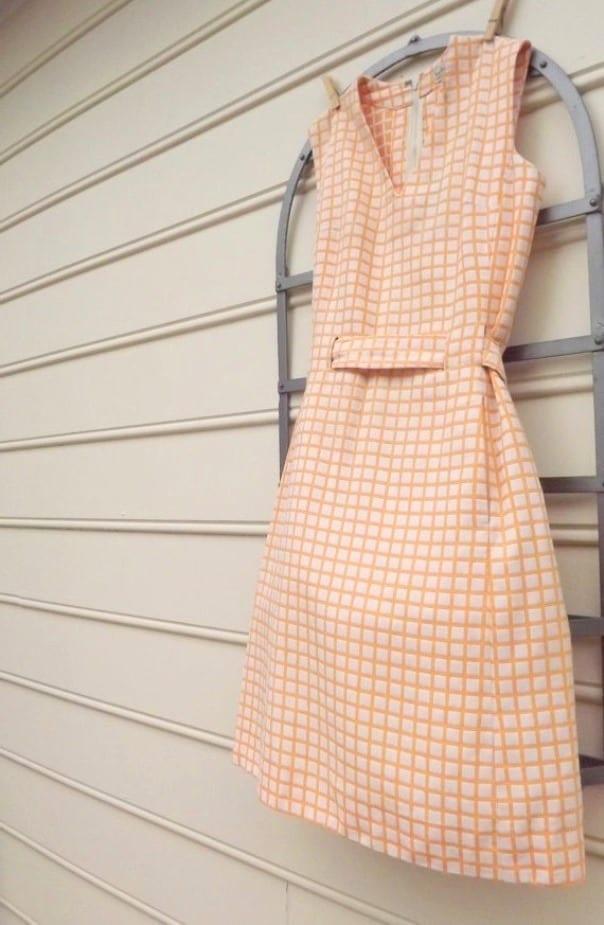 Платье из легких материалов