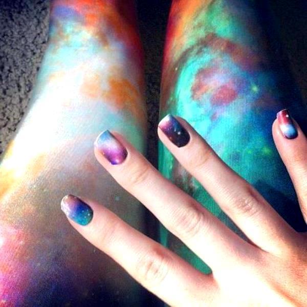 """""""Галактические"""" ногти"""